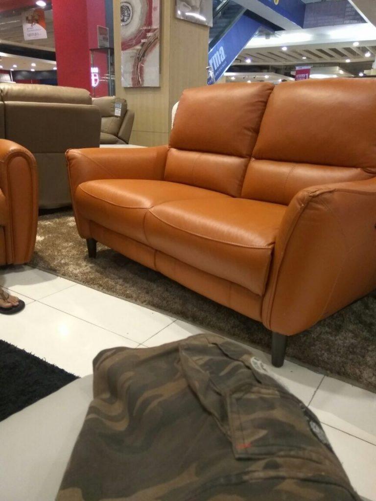 Service sofa srengseng jakarta barat rida 0821 1076 7833 for Couch jakarta